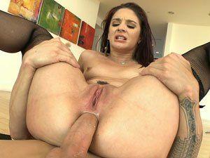 Sheena Ryder gostosa de Puerto Rico em sexo anal HD