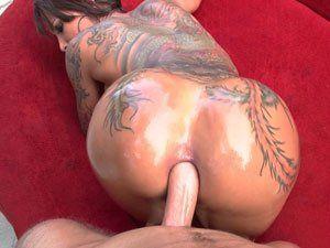 Rabuda Tatuada Bella Bellz Em Sexo Anal
